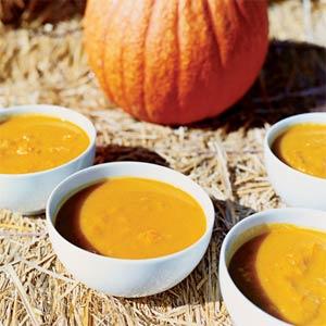 pumpkin-soup-su-1110255-l